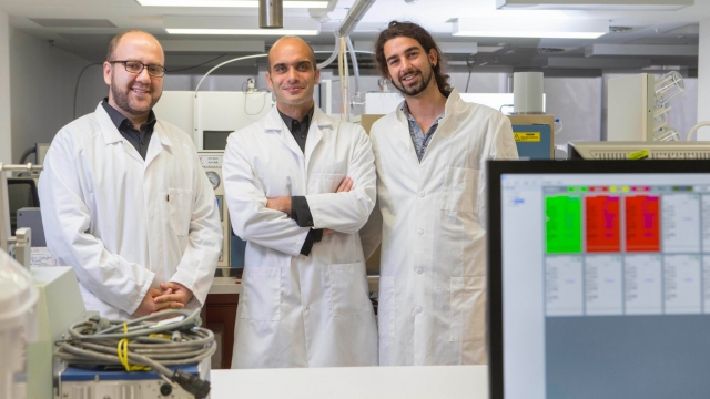 Dr Moshen Rahmani, Associate Professor Antonio Tricoli and Zelio Fusco (pictured left to right). Image Lannon Harley, ANU